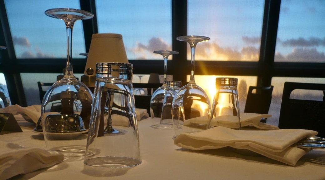Quali sono le attrezzature indispensabili nelle cucine delle navi da crociera